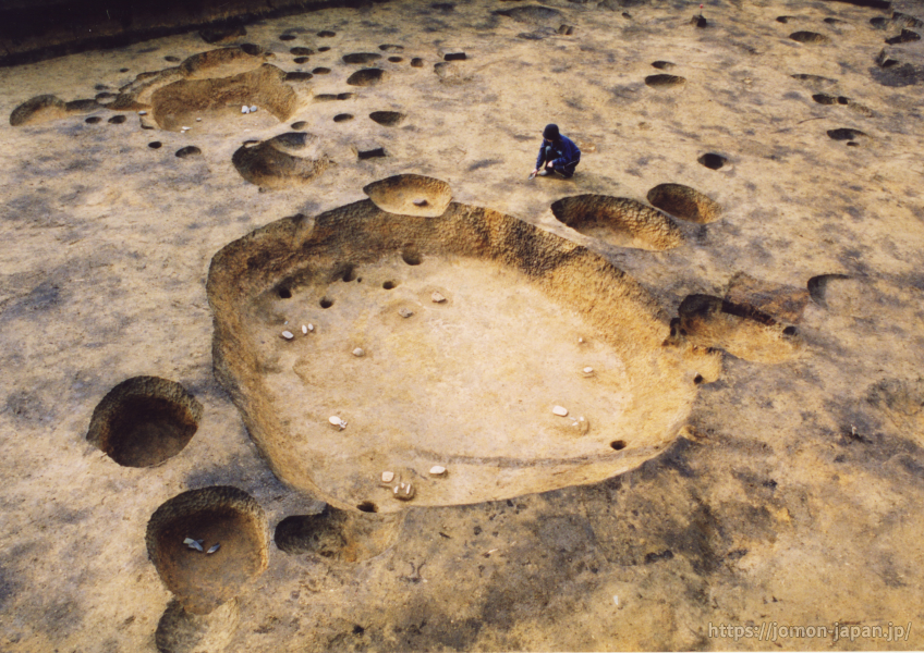 垣ノ島遺跡 大型土坑墓