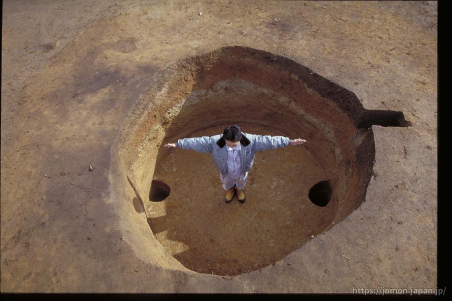 三内丸山遺跡 貯蔵穴