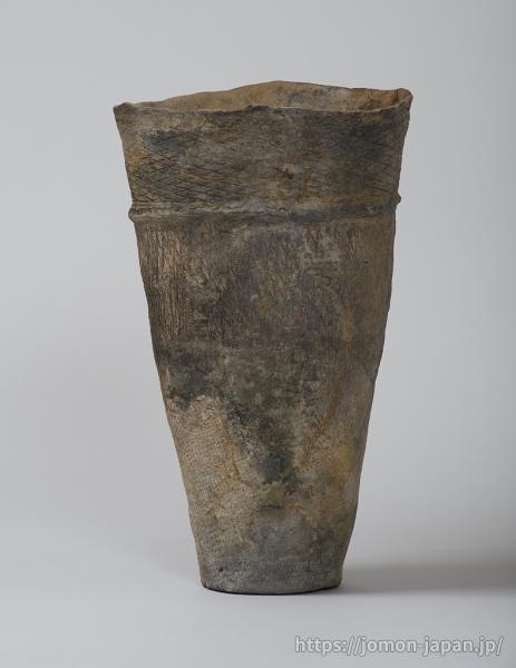 三内丸山遺跡 円筒下層式土器