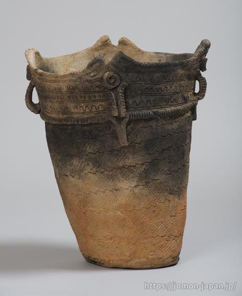 三内丸山遺跡 円筒上層式土器