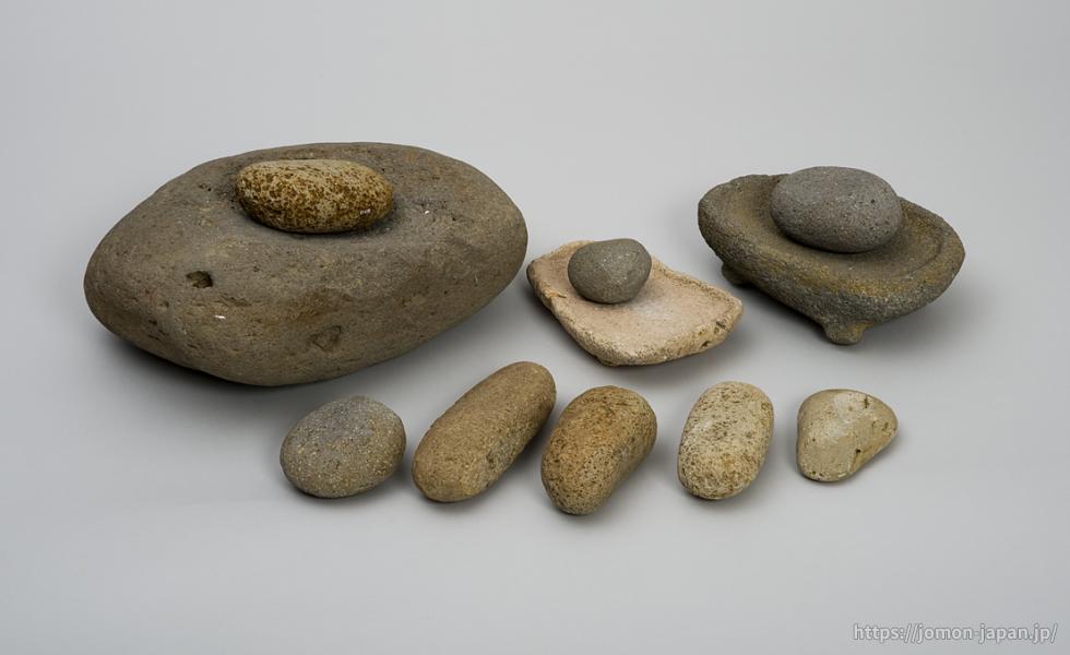 三内丸山遺跡 石皿・すり石・たたき石