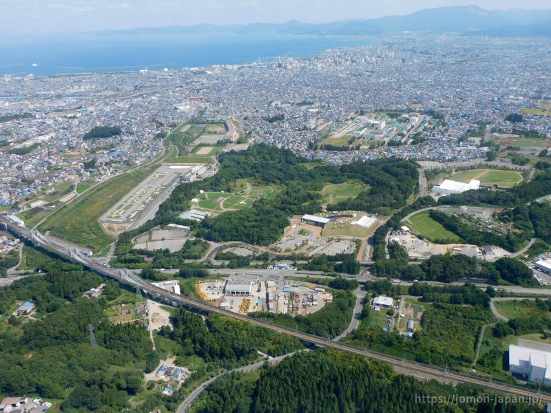 三内丸山遺跡 遠景