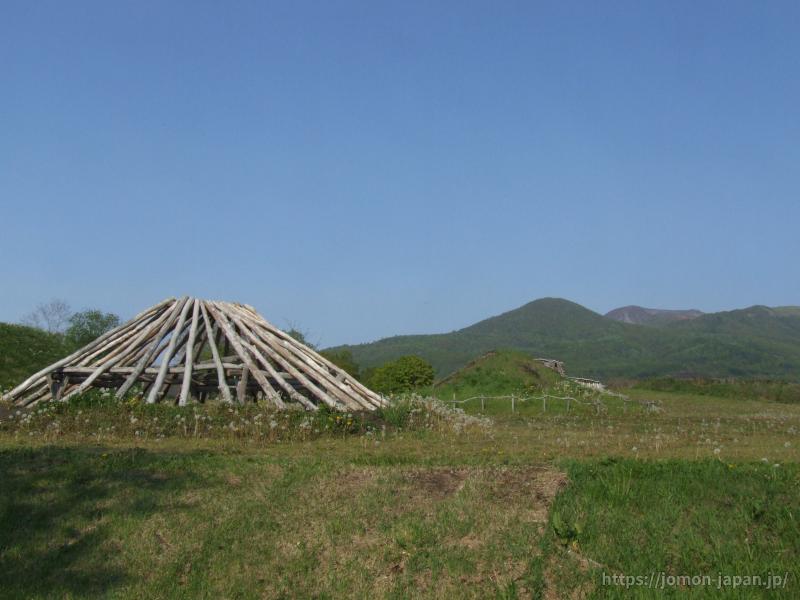 入江貝塚 竪穴建物(復元)