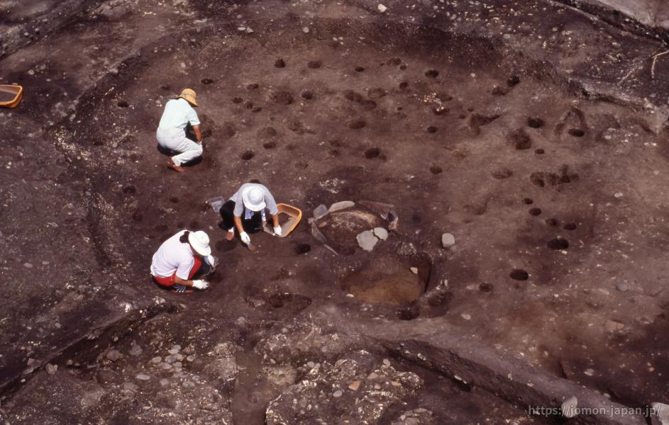 入江貝塚 竪穴建物跡