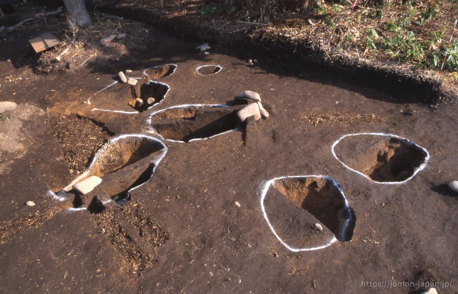 小牧野遺跡 土坑墓
