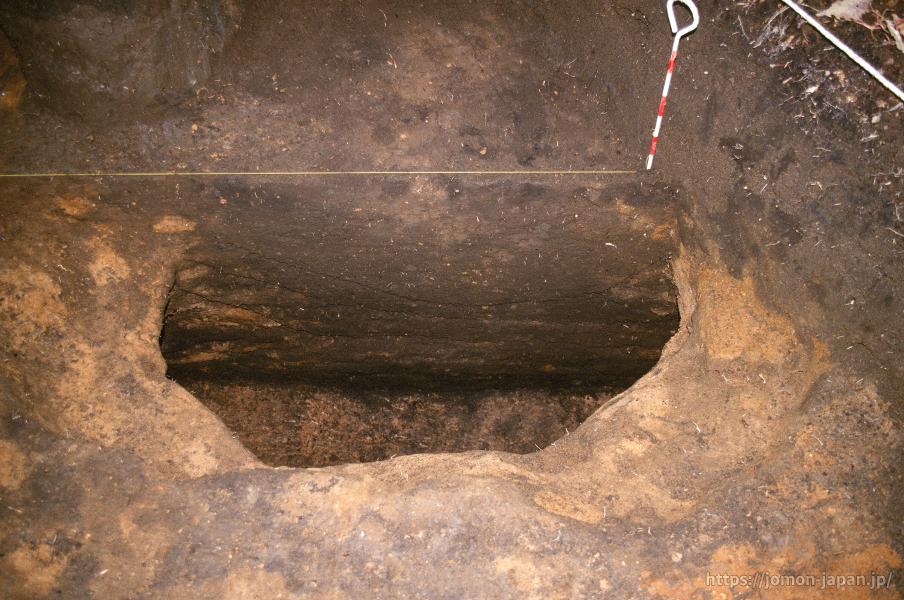 小牧野遺跡 貯蔵穴