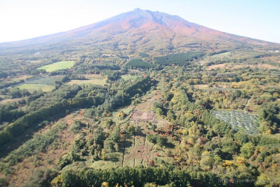 大森勝山遺跡と岩木山