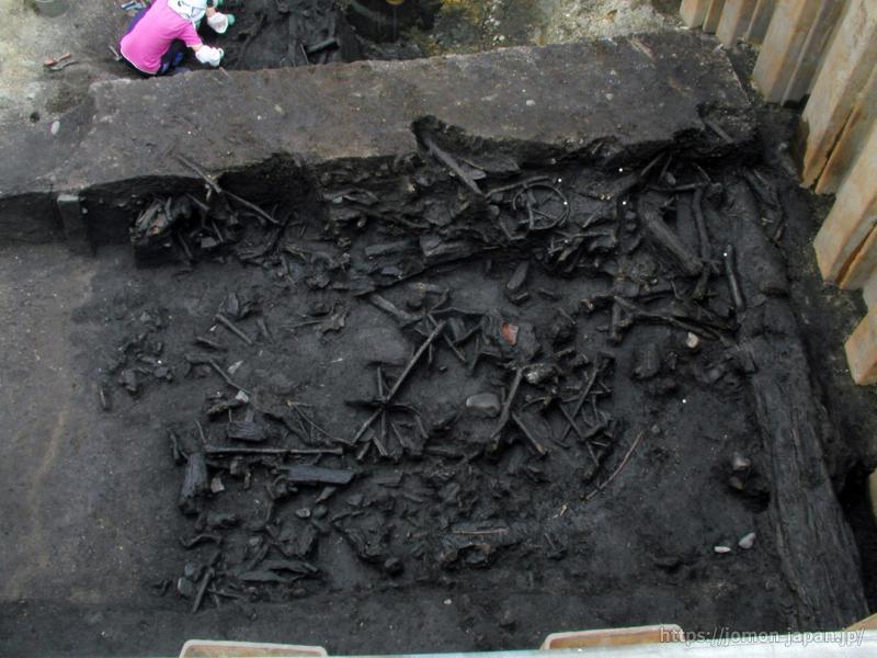 是川石器時代遺跡 捨て場