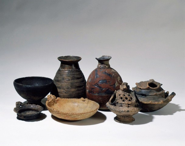 Pottery from the Final Jomon period