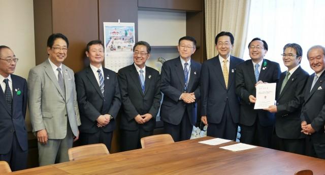 宮田文化庁長官への要望活動の様子2