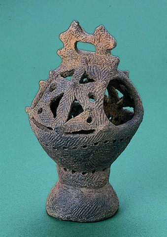 垣ノ島遺跡香炉形土器
