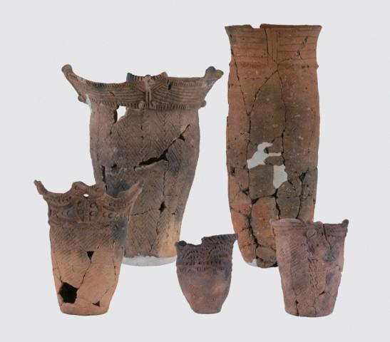 縄文時代前期~中期の土器