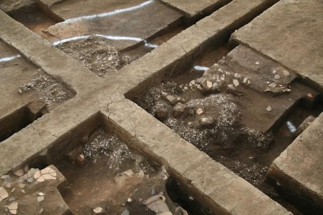 竪穴建物内貝塚