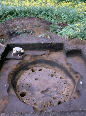 垣ノ島遺跡中期後半竪穴建物跡