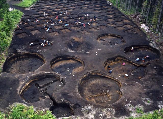 垣ノ島遺跡後期後半の住居群