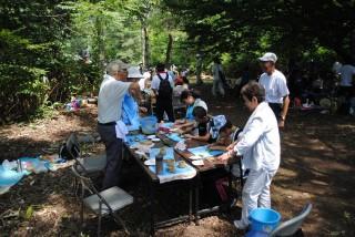 弘前縄文の会による土器作り